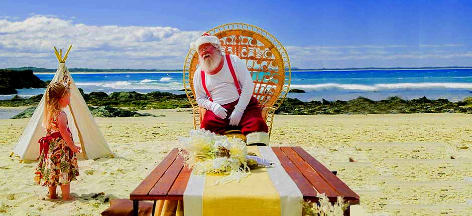 Port Macquarie Photographer Takes Santa Back To The Beach