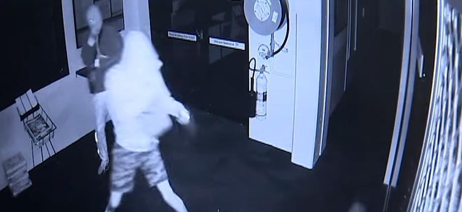 thieves caught on camera breaking into Port Golf Club