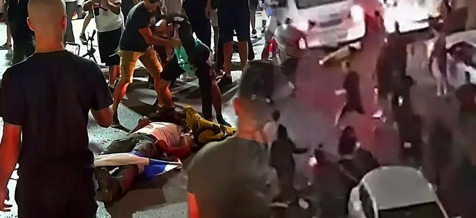 Shocking mob 'lynching of Arab' shown live on Israeli TV