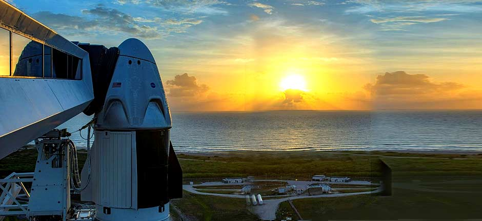 SpaceX & NASA postpone historic liftoff due to rough weather